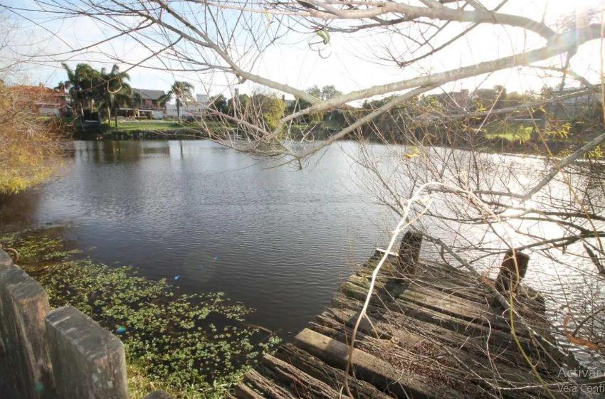 Muelle al lago